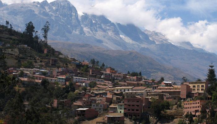 LA PAZ / SORATA (2675 meters / 8776 feet asl)
