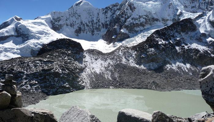 LAGUNA CHILATA – LAGUNA GLACIAR – CAMPO VENADO (4.300 meters / 14 107 feet a.s.l)