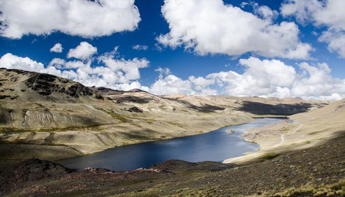LAGUNA KAÑUHUMA – LAGUNA PUJO PUJO (4655 meters/15,300 feet asl)