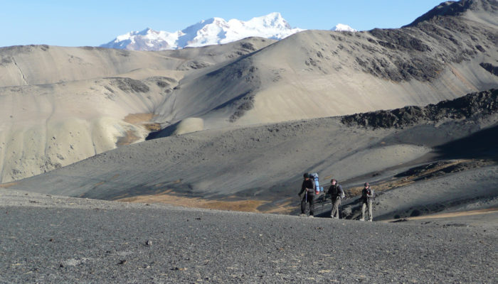 LAGUNA JISTAÑA QUTA - LAGUNA CHISCACALLIUANI (4820 meters / 15 813 feet a.s.l)