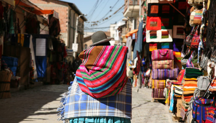 LA PAZ - ARTISAN TOUR - FAIRY CHIMNEYS - COLORFUL MARKETS (3,600 meters/18,100 feet asl)