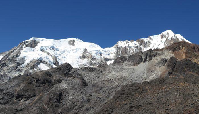 ILLAMPU BASE CAMP – LACATIYA - LA PAZ (3600 meters/11,800 feet asl)