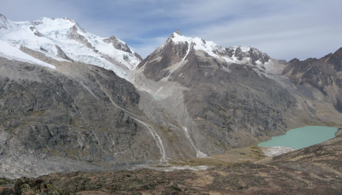 LAGUNA CHOJÑA QUTA (4720 meters/15,500 feet asl) - ACCLIMATIZATION TREK CALZADA