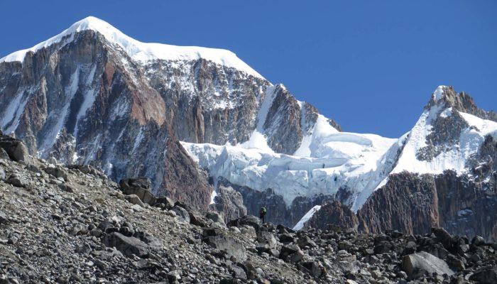 ILLAMPU NORTH PEAK BASE CAMP ( 4450 M.A.S.L./14599 FEET) – ILLAMPU NORTH PEAK HIGH CAMP ( 5230 M.A.S.L./17158 FEET)