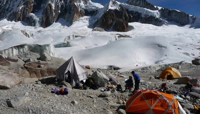 ILLAMPU NORTH PEAK HIGH CAMP (5230 M.A.S.L./17158 FEET)/ REST