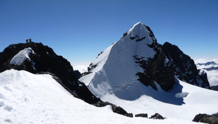 Pequeño Alpamayo Ascent