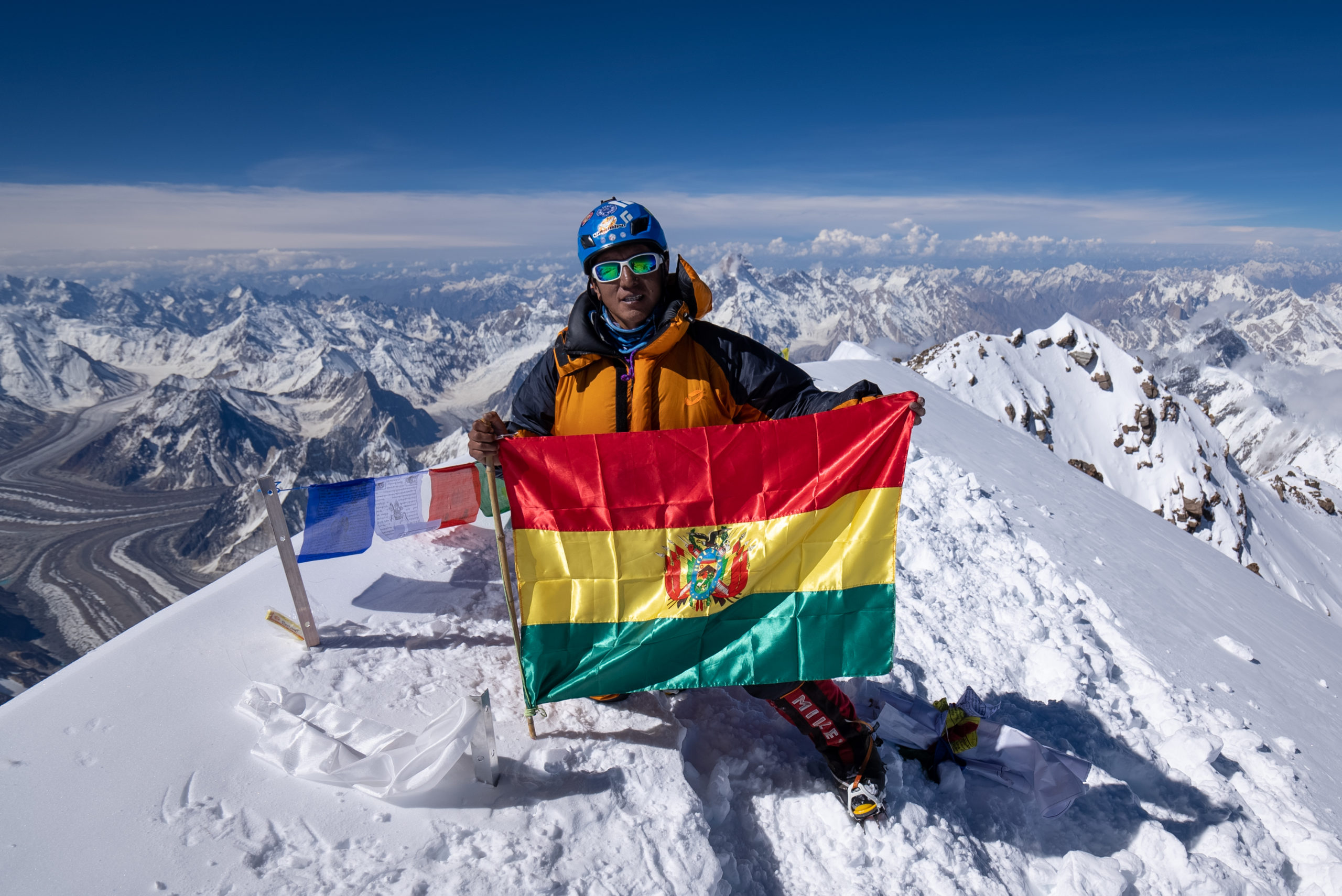 The dream is becoming true and a feat is entering the Himalaya history